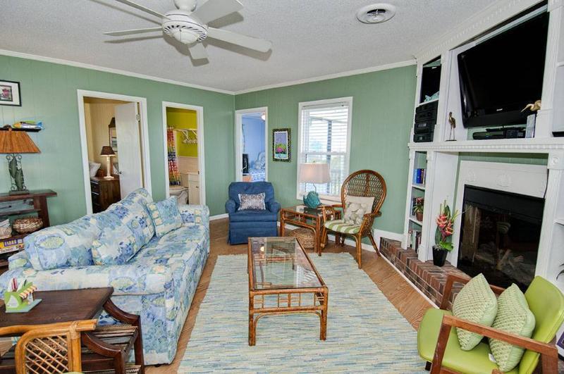 Steel Magnolia - Image 1 - Emerald Isle - rentals