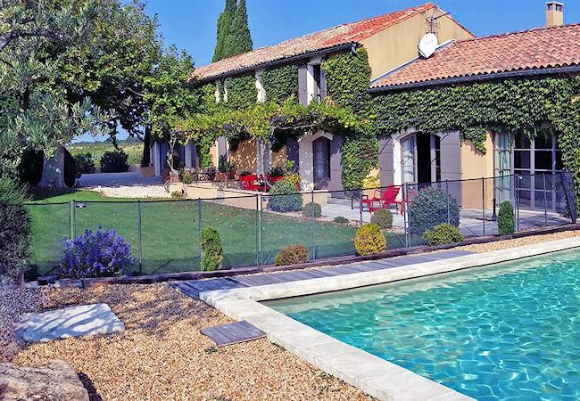 Violès Vaucluse, Superb landhouse 6p. in the Côte du Rhône vineyards, private pool - Image 1 - Violes - rentals