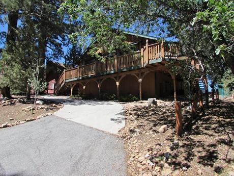 #023 Bearly Inn - Image 1 - Moonridge - rentals