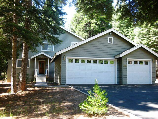 Front of House - Almanor West Home Near Boat Launch & Bike Trail - Lake Almanor - rentals