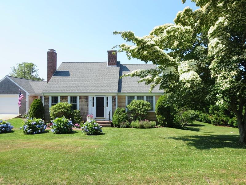 Front of Home - 13 Monomoy Circle Chatham Cape Cod New England Vacation Rentals - 13 Monomoy Circle Chatham Cape Cod - Chatham - rentals