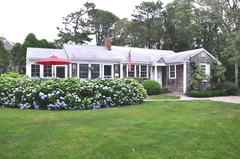 Front View of Home - 58 Longs Lane Chatham Cape Cod New England Vacation Rentals - 58 Longs Lane Chatham Cape Cod - Sea Glass - Chatham - rentals