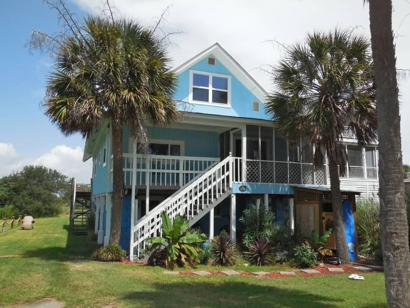 Chunky Monkey - Chunky Monkey - Folly Beach, SC - 4 Beds BATHS: 2 Full 1 Half - Folly Beach - rentals
