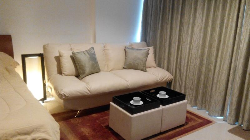 VIEW TALAY PATTAYA BEACH CONDO 6 - short term rent - Image 1 - Sao Hai - rentals