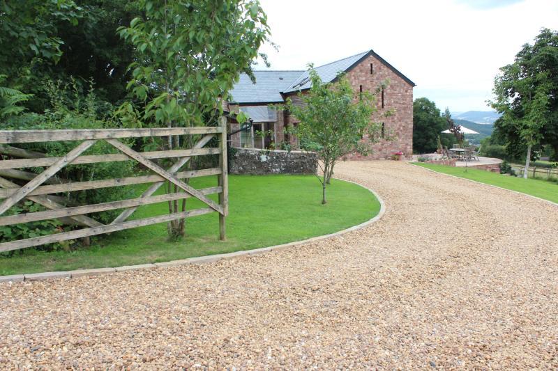 Welcome to Little Wern Farm - Little Wern Farm B & B - Monmouth - rentals