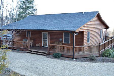 Welcome to Our Cabin - Buckin' Crazy - West Jefferson - rentals