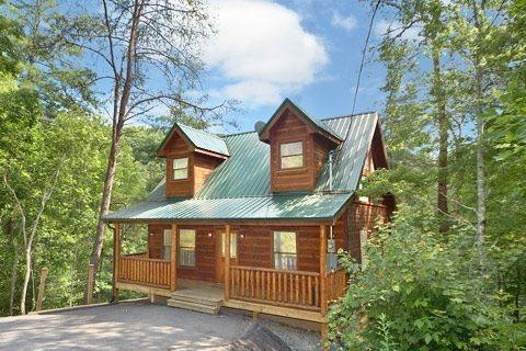 Smoky Bears Play House - Image 1 - Gatlinburg - rentals