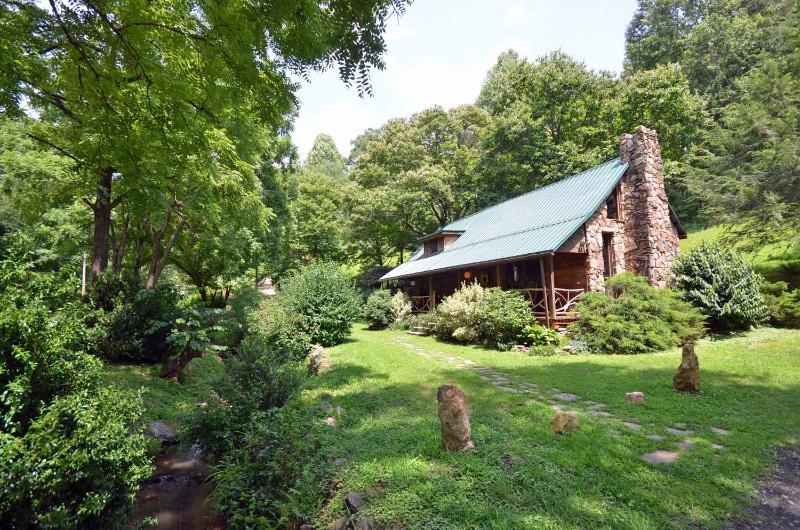 Cherokee Creekside Cabin - Image 1 - Whittier - rentals