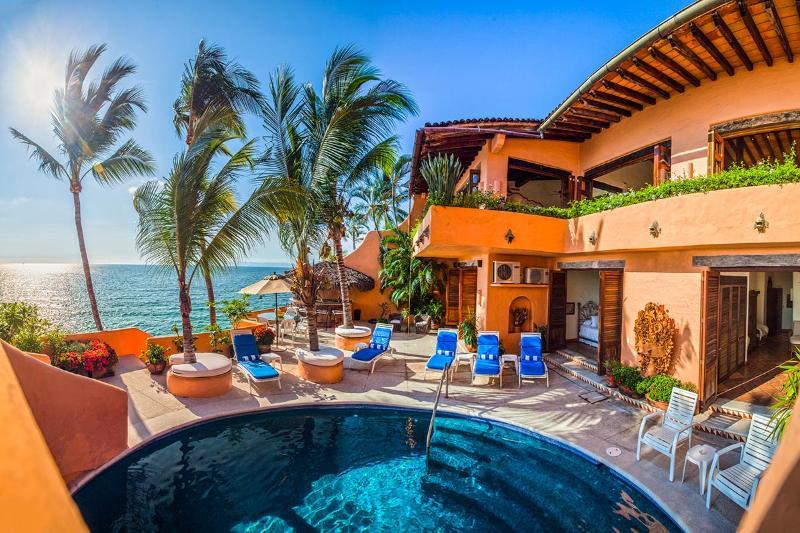 Villa McFuego, Sleeps 6 - Image 1 - Puerto Vallarta - rentals