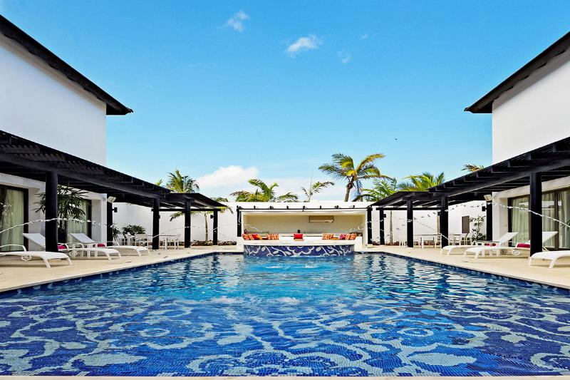 CHIC Mansion Punta Cana, Sleeps 12 - Image 1 - Uvero Alto - rentals