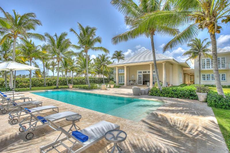 Villa Corales 49, Sleeps 14 - Image 1 - Punta Cana - rentals