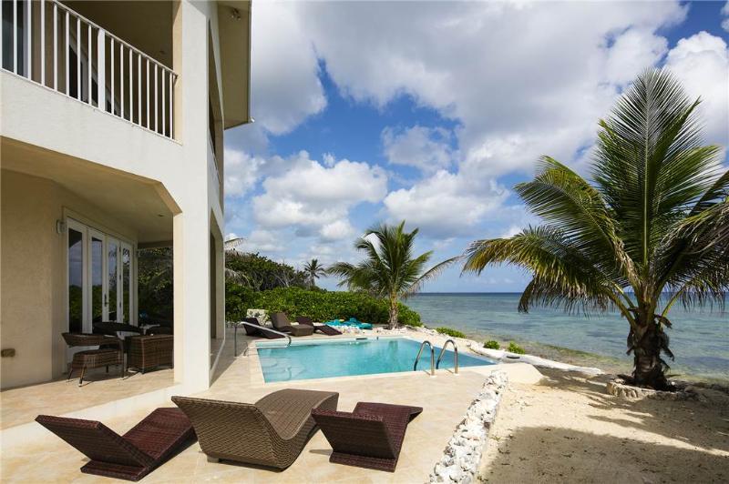 4BR-Christmas Palms - Image 1 - Old Man Bay - rentals