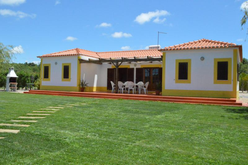 3 room house resort near Zambujeira do Mar Odemira - Image 1 - Odemira - rentals