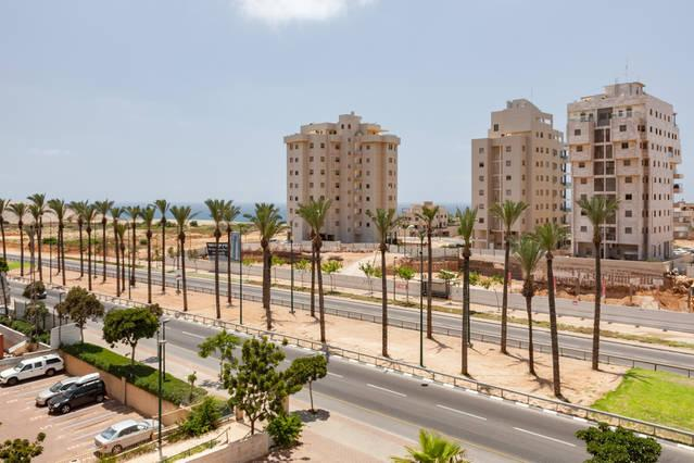 Perfect for Family with Sea view, Parking and elevator - Image 1 - Netanya - rentals