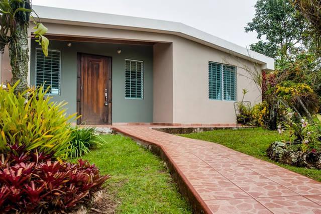 Casa Flor - Mountain Top Garden Home w/Wi-Fi - Image 1 - Utuado - rentals