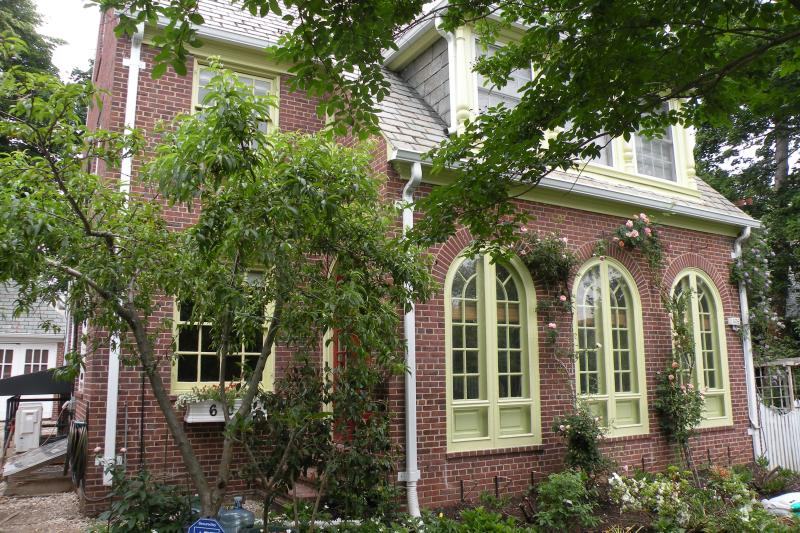 Front of House - Elegant House in Baltimore - Baltimore - rentals