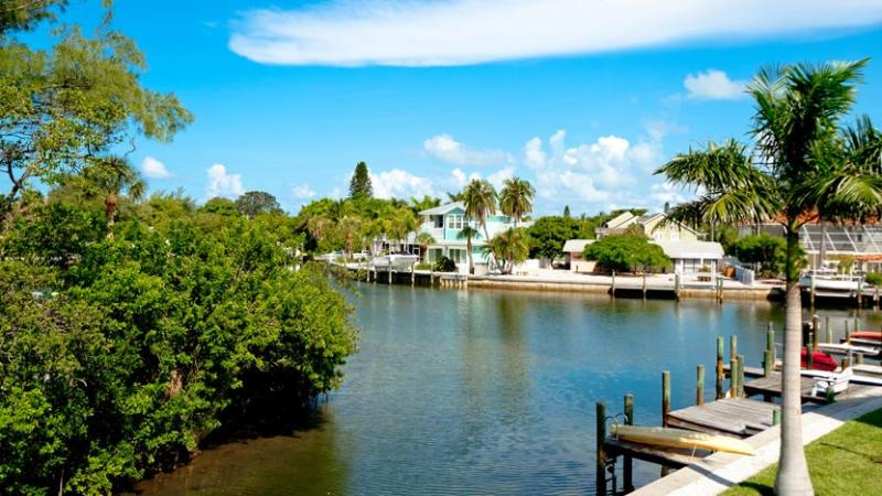 Your own Slice of Paradise - Little Slice of Paradise: 2BR Canal-Front Condo - Anna Maria - rentals