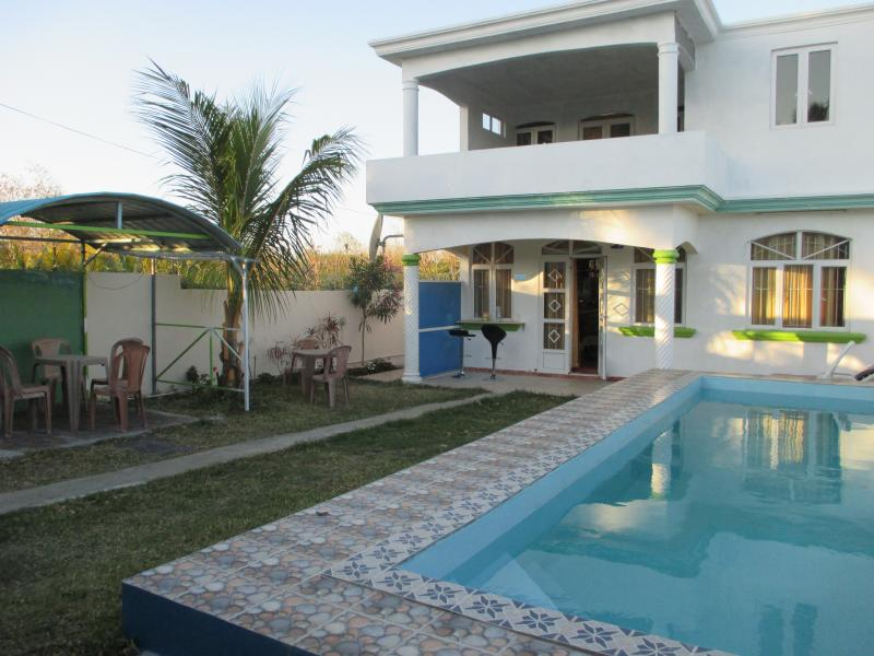 villa  with  pool in quiet region at lowest  price - Image 1 - Grand Baie - rentals