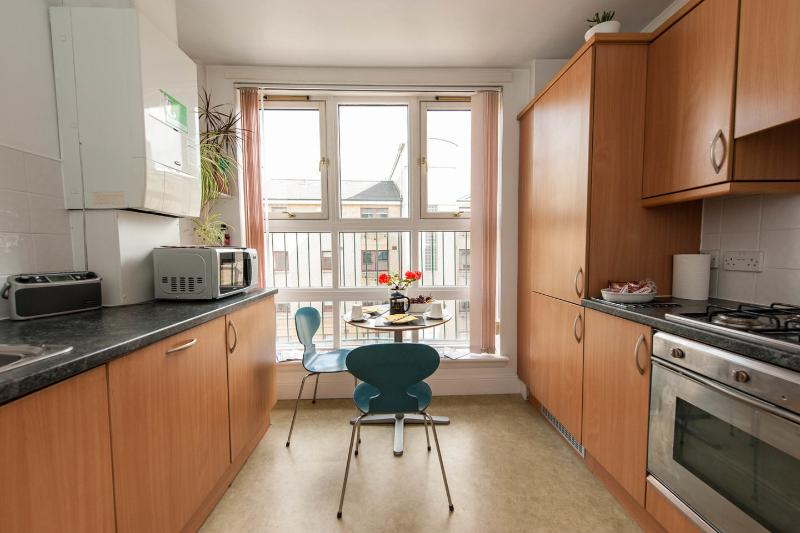 Kitchen - Walking distance to Grassmarket & Edinbugh Castle - Edinburgh - rentals