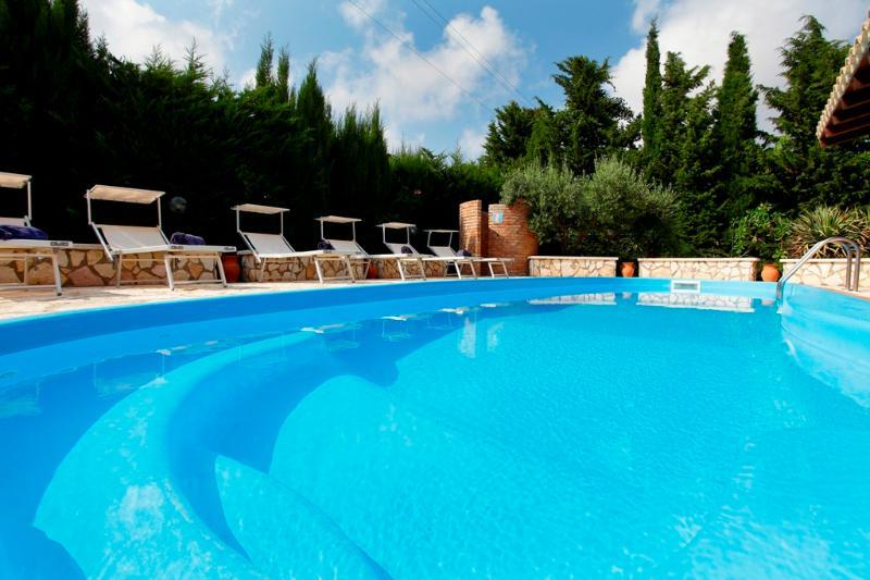 1 - VILLA GIORGIA- MARCH&APRIL PROMOTION - Castellammare del Golfo - rentals