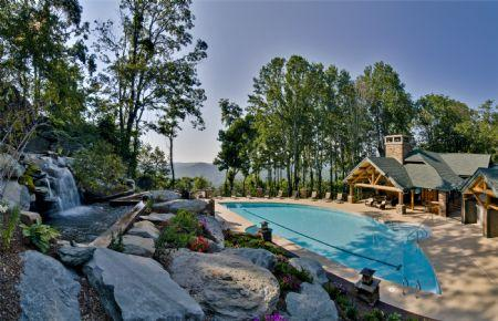 Beautiful Ridge-Top Outdoor Pool - Evergreens 512 - Boone - rentals
