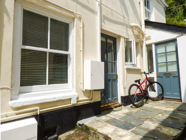 CHELSEA HOUSE, town centre location, pets welcome, open plan, in Penryn, Ref. 926565 - Image 1 - Penryn - rentals