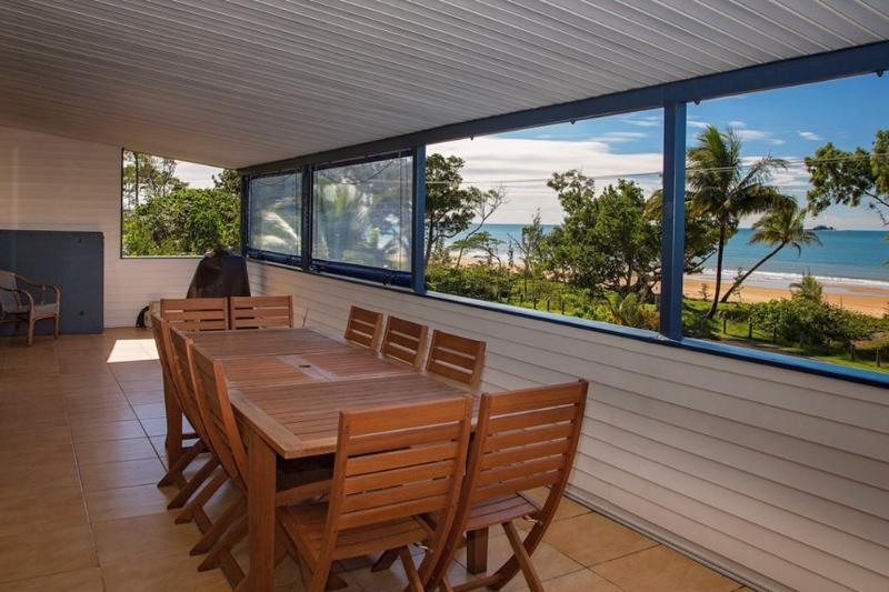 Apollo Jewel 4 - Verandah  - Apollo Jewel - 4 - Mission Beach - rentals