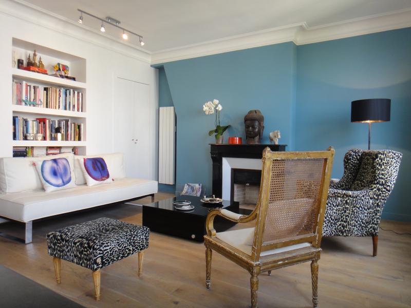 1 Bedroom Apartment Near Bastille - Image 1 - Paris - rentals