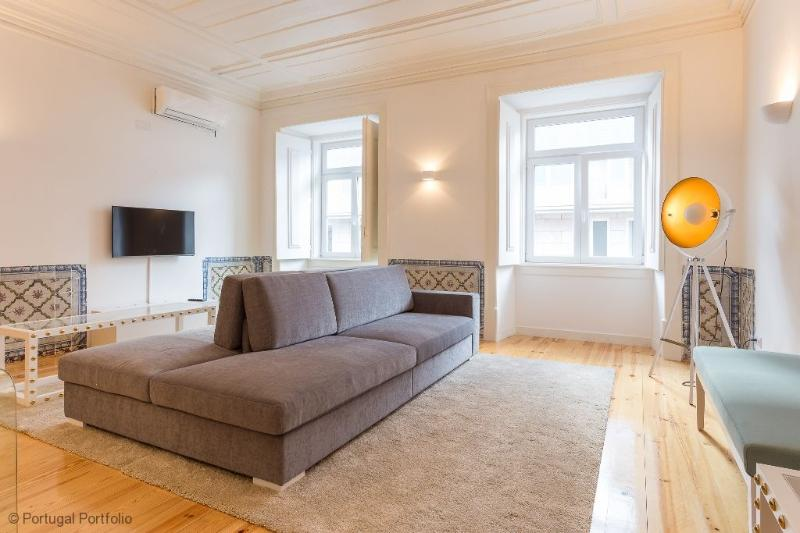 Chiado Apartment - Holiday Rental in Lisbon - Image 1 - Lisbon - rentals