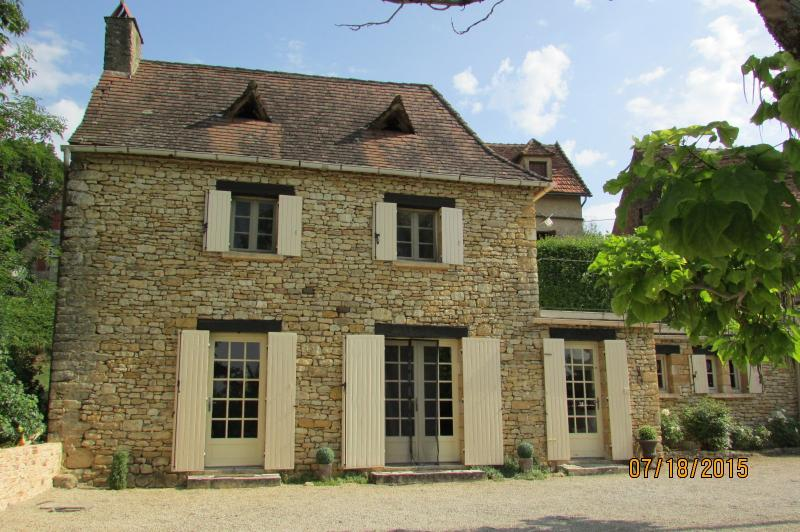 Charming Dordogne Holiday Cottage near Sarlat - Image 1 - Saint-Cyprien - rentals
