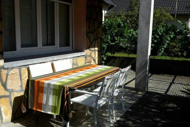 terrasse orientated south with nice view over the mountains - In the heart of the Alps, comfy and inexpensiv - Le Bourg-d'Oisans - rentals