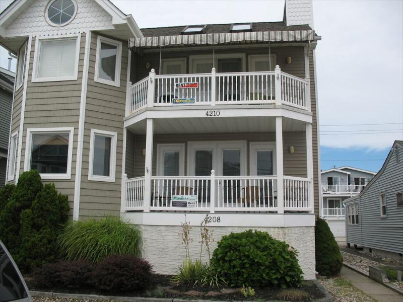 4208 Asbury Avenue 1st 112626 - Image 1 - Ocean City - rentals