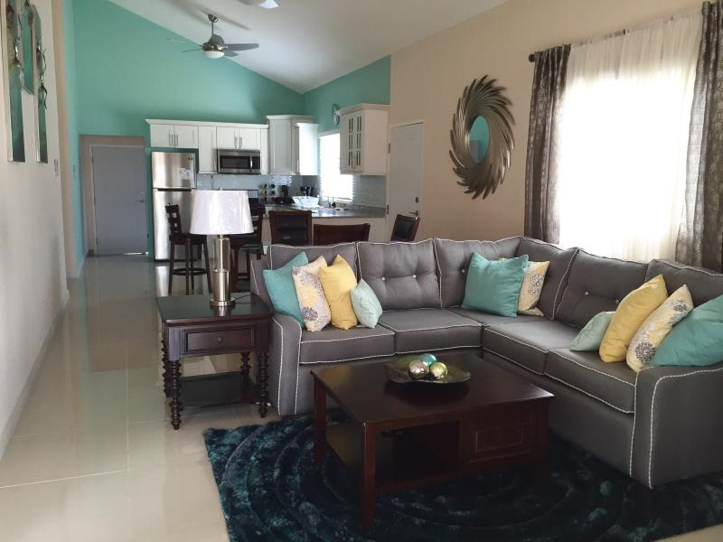 The Greens at Caymanas (Modern 3 bdrm 2 bth home) - Image 1 - Kingston - rentals