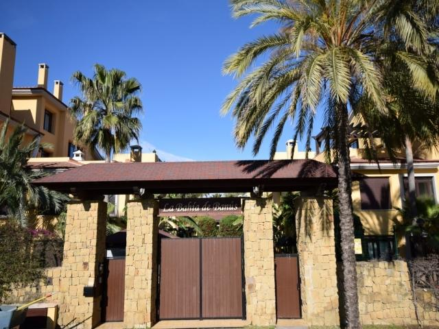 Bahia Banus 33164 - Image 1 - Marbella - rentals