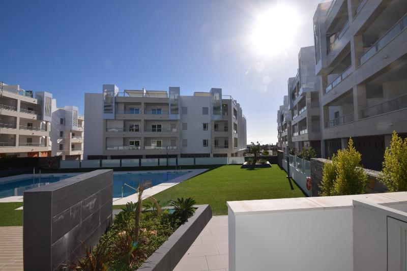 Los Arqueros Beach 33099 - Image 1 - Marbella - rentals