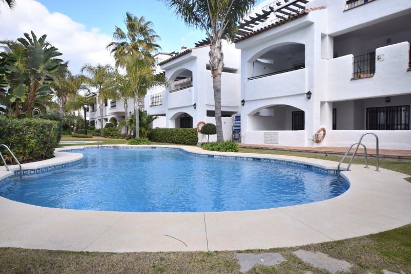 Penthouse La Mesana 23116 - Image 1 - Marbella - rentals