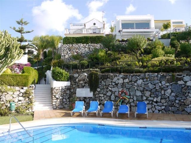Townhouse Los Jarales - Image 1 - Marbella - rentals