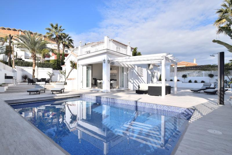 Villa Blanca Puerto Banus - Image 1 - Marbella - rentals