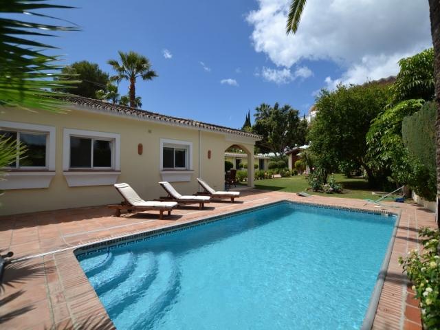 Villa La Sala - Image 1 - Marbella - rentals