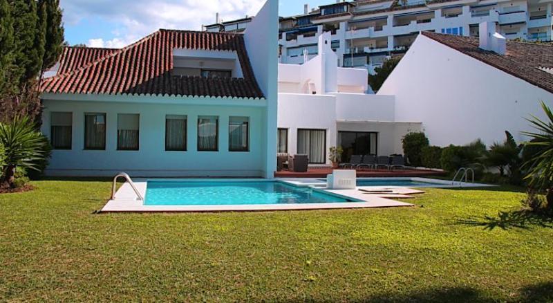 Villa La Sala 6 - Image 1 - Marbella - rentals