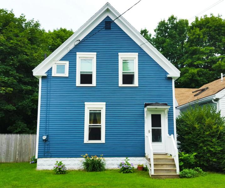 Charming 3 Bed, 2 BR in Historic District - Image 1 - Rockland - rentals