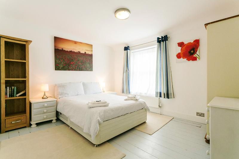 Boutique Fishermans Cottage in Deal, Kent, England - Image 1 - Deal - rentals