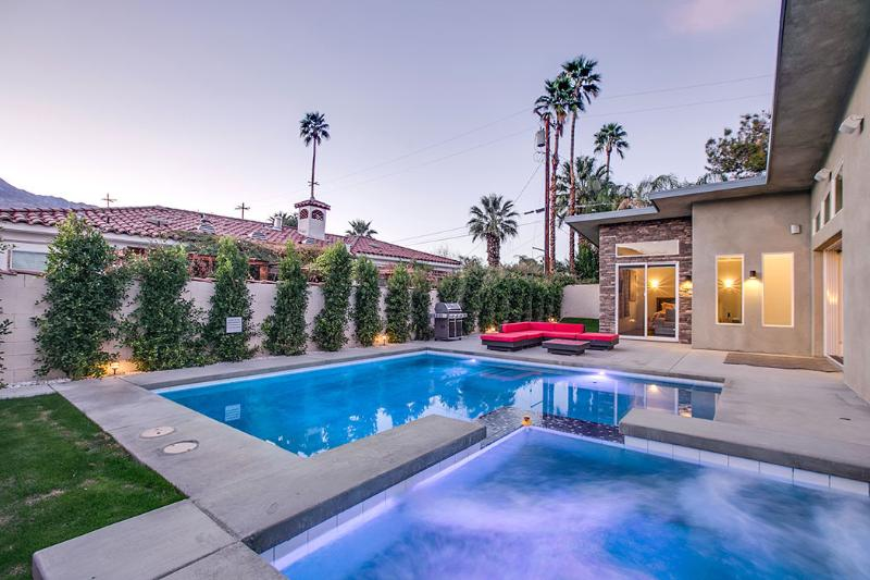 welcome to Mesquite - 'Mesquite' Pool & Spa, Midcentury, Downtown Living - Palm Springs - rentals