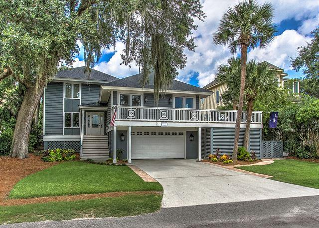 Exterior - 5 Robin Street-Fully Renovated 3rd row ocean- Coastal Chic! - Hilton Head - rentals