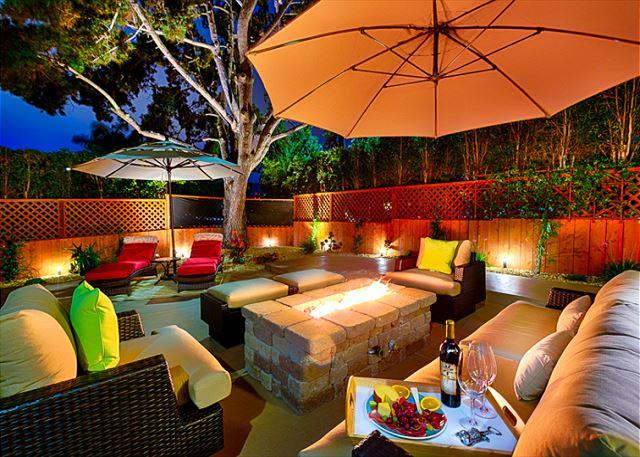 Enjoy the large outdoor patio w/ hot tub & firechat table -  Walk to Beach! - Image 1 - La Jolla - rentals
