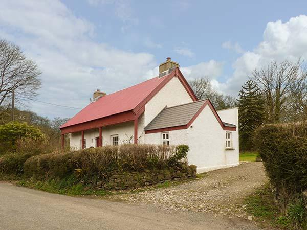 DERRY COTTAGE, woodburner, country location, WiFi, Grade II listed, near Whitland, Ref. 22474 - Image 1 - Whitland - rentals