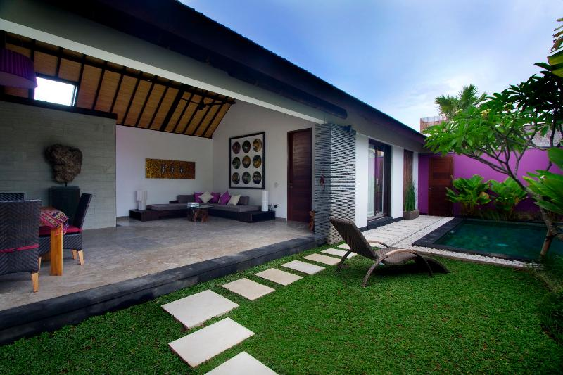 Anjali Purple Luxury 1 Bedroom Villa & Pool, Petitenget - Image 1 - Seminyak - rentals