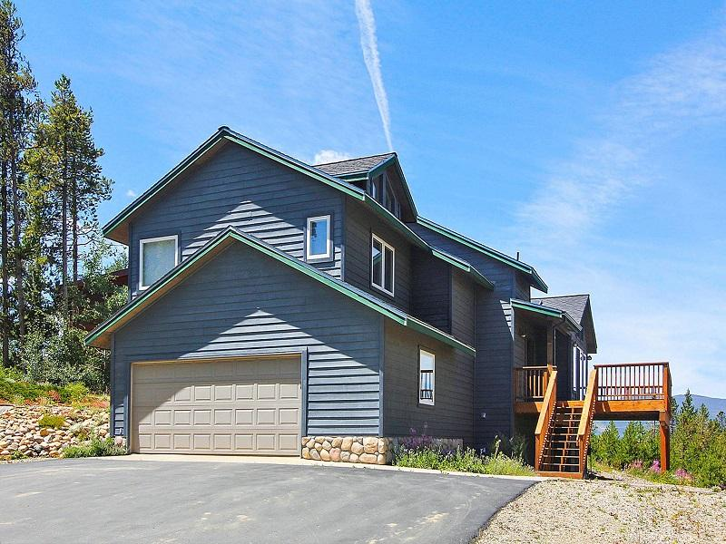 Two car garage - Looking Glass Lodge - Fraser - rentals