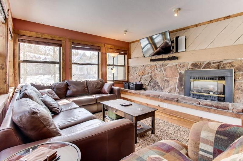 First-floor condo w/pool/hot tub access - close to ski hill! - Image 1 - Breckenridge - rentals