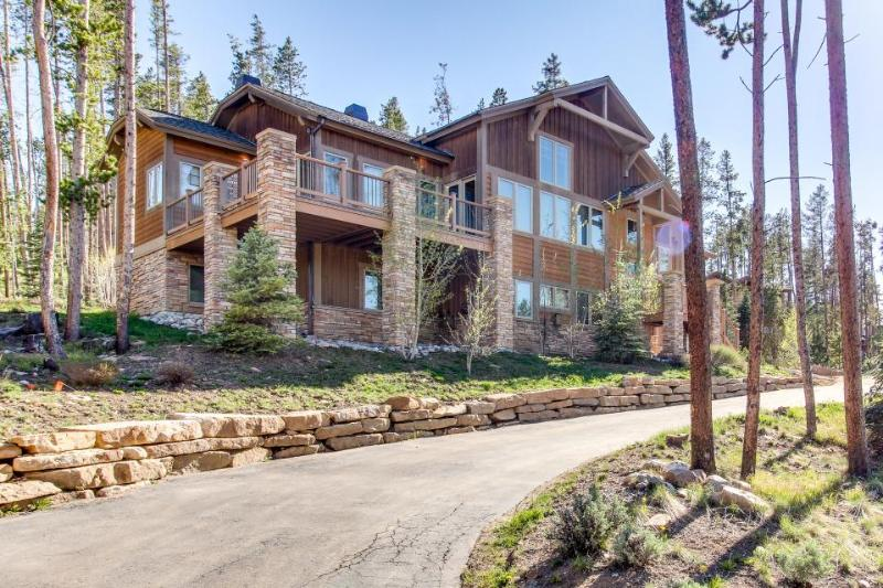 Mountain views from luxury home w/hot tub, game room, & more - Image 1 - Breckenridge - rentals
